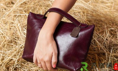 真皮皮包的清洁及保养小窍门 让你的爱包一直崭新