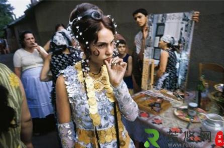 世界上最大的买妻市场:2万元就能买一个少女,若不是处女可退货