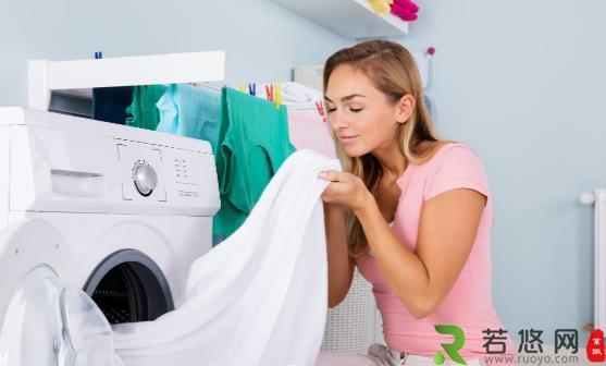 洗衣粉和消毒液能混着用吗 如何正确使用消毒液