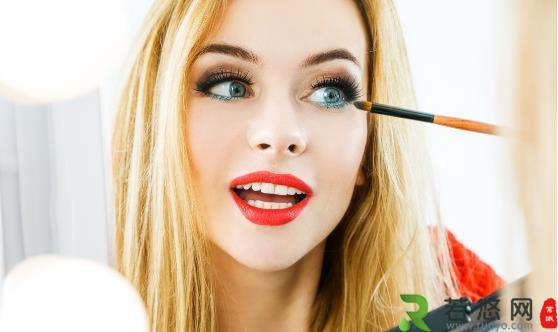 化妆品污染易致四种眼病 如何预防化妆性眼病