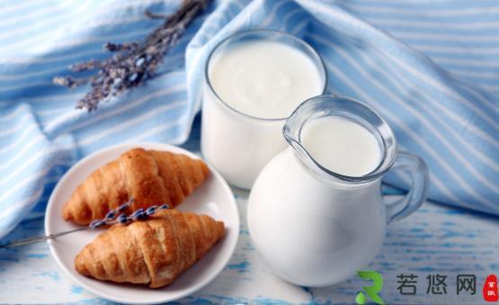 老年人是否应该多喝牛奶 老人喝牛奶的八种禁忌