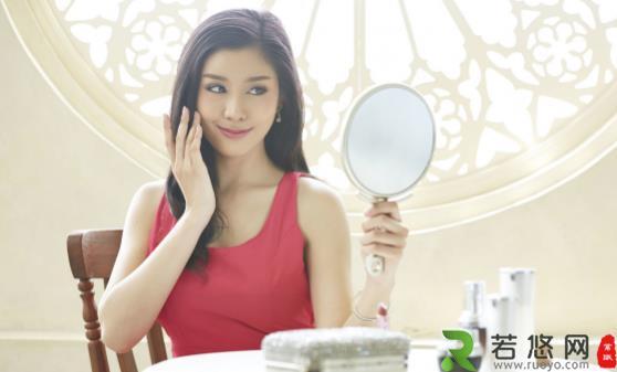 教你快速辨别自己的肤质类型 不同肤质的补水面膜大推荐