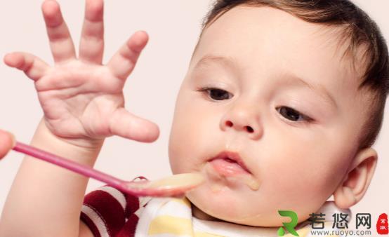 宝宝多大添加辅食比较合适  宝宝辅食的添加原则分享