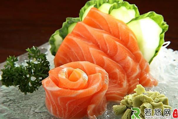 女人不想老太快,4类食物要少吃,3种美容抗衰老的食物可多吃